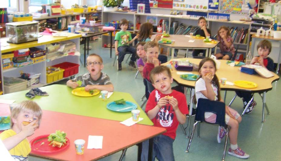 Okanagan WaterWise contest winners at Cherryville Elementary enjoy a pizza party